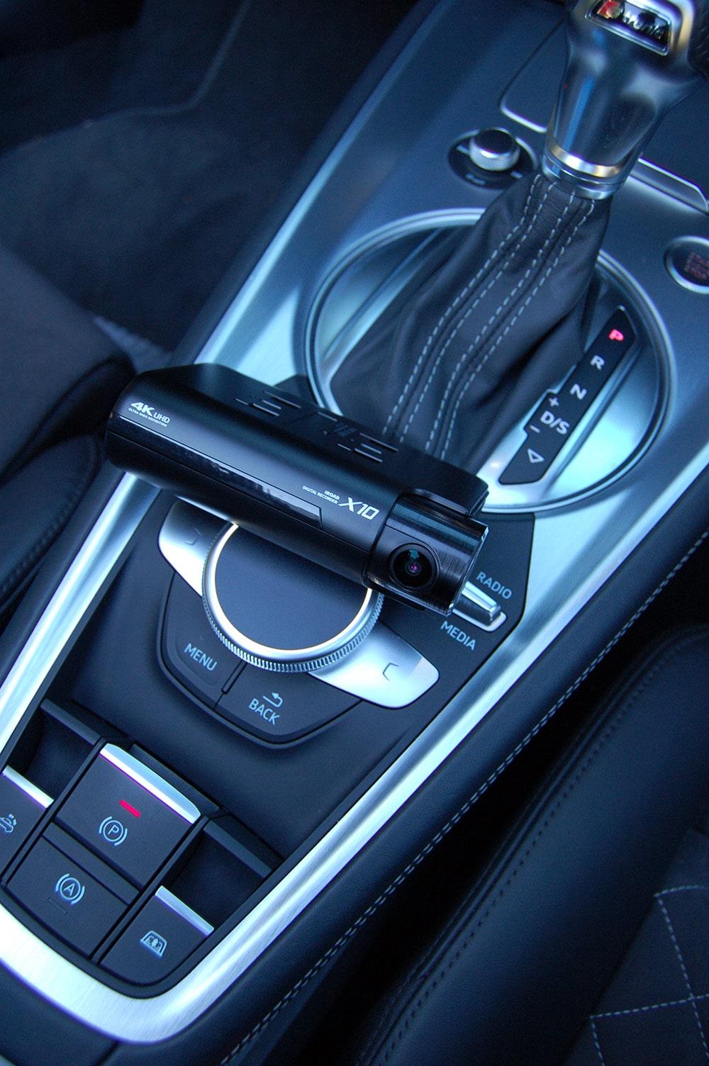 X10 Dash Cam in Car